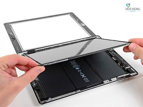 Cảm ứng iPad Pro bị loạn, liệt có thay thế được không?