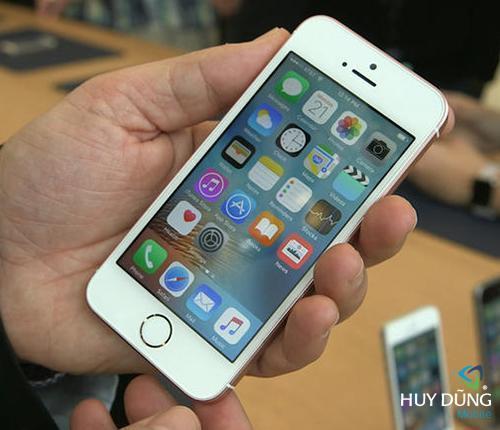 Thay màn hình mặt kính iPhone SE zin mới 100% giá rẻ tại HCM